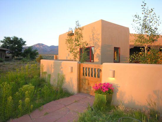 10 Codorniz, El Prado, NM 87529