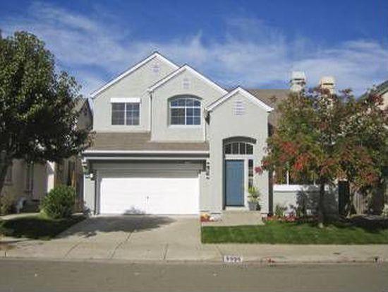 2325 Weatherby Ave, Santa Rosa, CA 95403