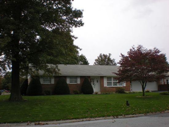 2 Lantern Ave, Myerstown, PA 17067