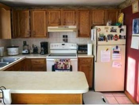 36 Tenney Rd APT 2, Sandown, NH 03873