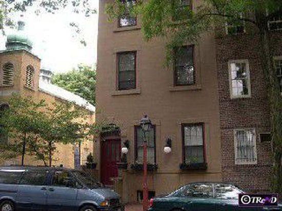 423 Pine St # 3, Philadelphia, PA 19106