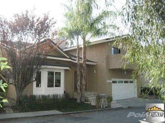 22506 Quinta Rd, Woodland Hills, CA 91364