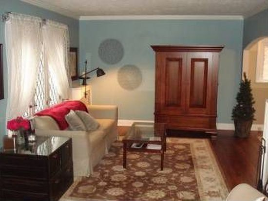 570 Morewood Pkwy, Rocky River, OH 44116