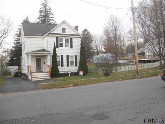 385 Milton Ave, Ballston Spa, NY 12020
