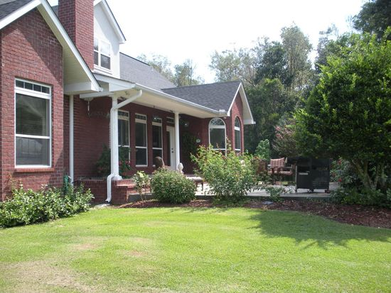 63 N Hill Dr W, Carriere, MS 39426