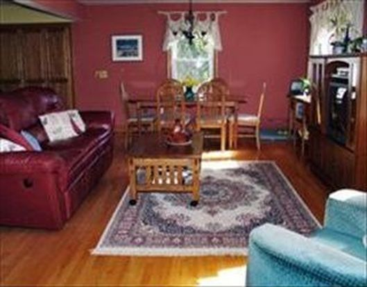44 Hancock Hill Dr, Worcester, MA 01609