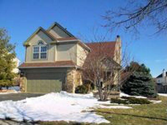 1765 Somerfield Ln, Crystal Lake, IL 60014