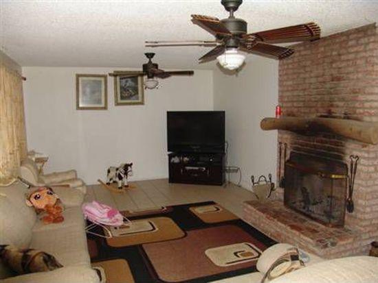 2106 Warmlands Ave, Vista, CA 92084