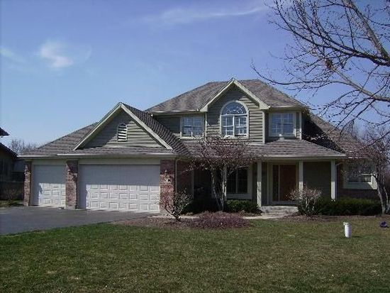 2409 Thoroughbred Trl, Woodstock, IL 60098