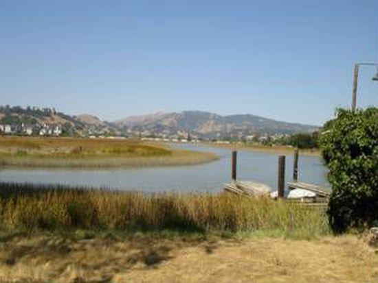 12 Schmidt Ln, San Rafael, CA 94903