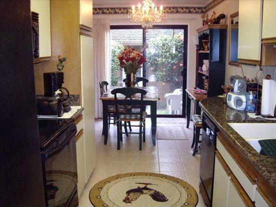 3850 Rio Rd APT 75, Carmel, CA 93923