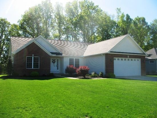 1048 Timber Trl, Grafton, OH 44044