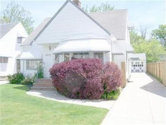 5219 Thomas St, Maple Heights, OH 44137