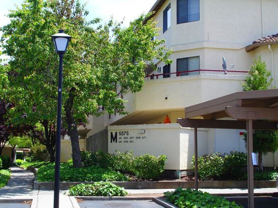 5075 Valley Crest Dr APT 251, Concord, CA 94521