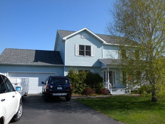 14 Mountain View Dr, Rouses Point, NY 12979