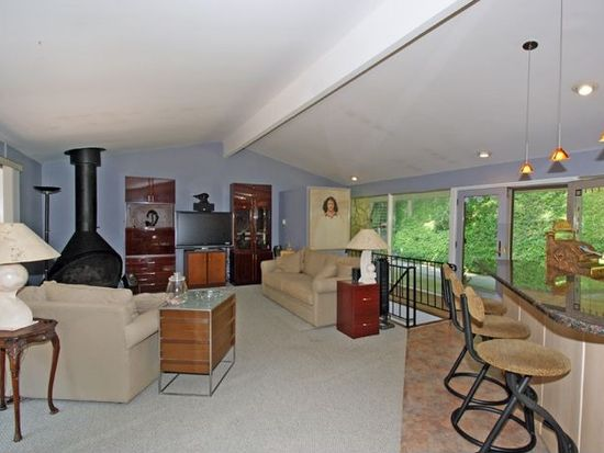1390 Pleasant Valley Way, West Orange, NJ 07052