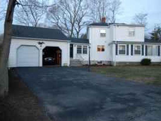 681 Salem St, Lynnfield, MA 01940