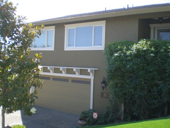 19 Regina Way, San Rafael, CA 94903