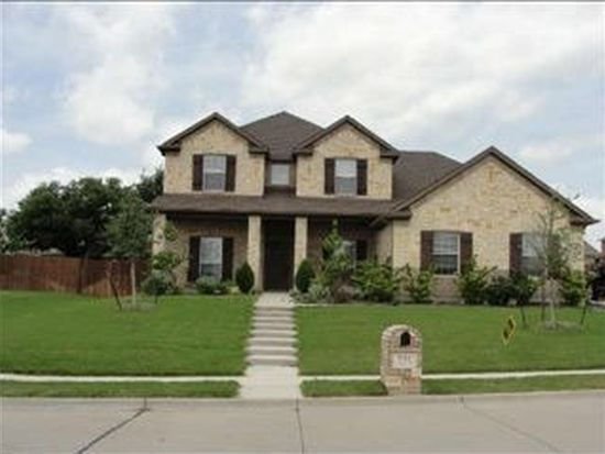 725 Saddle Ridge Trl, Weatherford, TX 76087