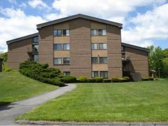 2 Ledgewood Way APT 13, Peabody, MA 01960