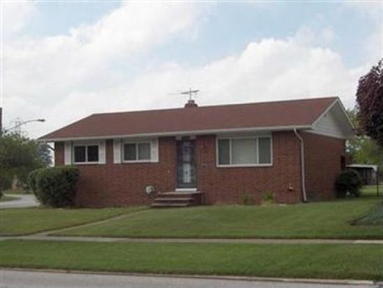 15860 Sylvia Dr, Brookpark, OH 44142