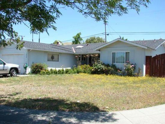 1432 Stone Creek Dr, San Jose, CA 95132