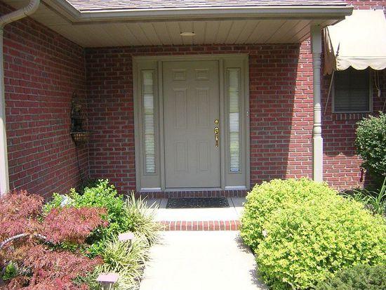 1622 Village Ct, Evansville, IN 47725