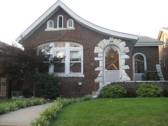 5511 Finkman St, Saint Louis, MO 63109