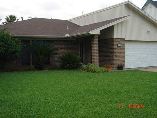 3152 Crest Dr, Port Neches, TX 77651