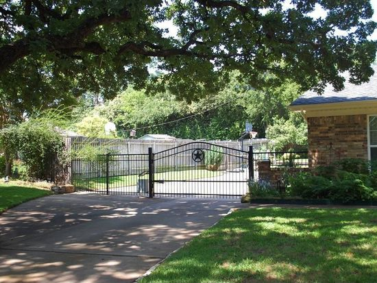 5904 Quality Hill Rd, Colleyville, TX 76034