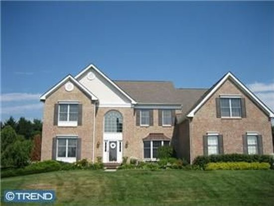 108 Country Club Dr, Moorestown, NJ 08057