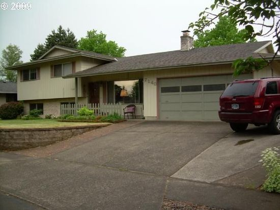 7140 Valley View Dr, Gladstone, OR 97027