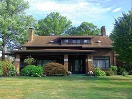 322 E Clen Moore Blvd, New Castle, PA 16105