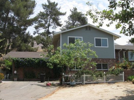 451 Two Trees Rd, Riverside, CA 92507