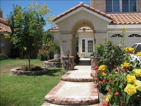 8847 Mesa Oak Dr, Riverside, CA 92508