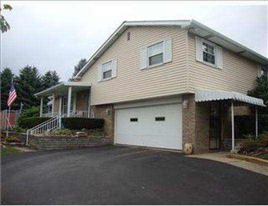 1078 Spruce St, Greensburg, PA 15601