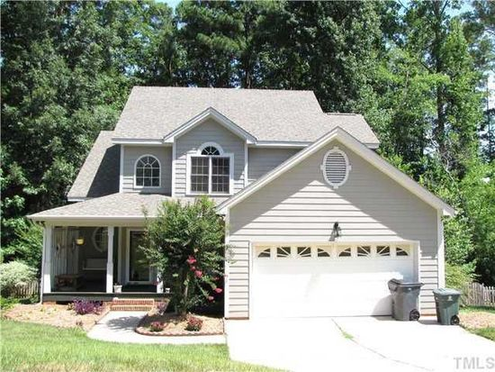 312 Holly Branch Dr, Holly Springs, NC 27540