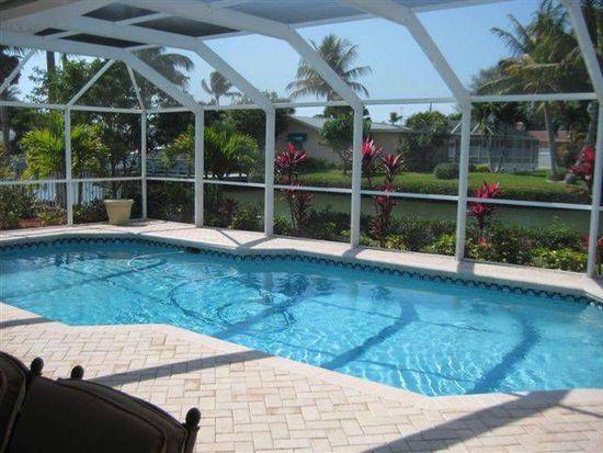 425 Connecticut St, Fort Myers Beach, FL 33931