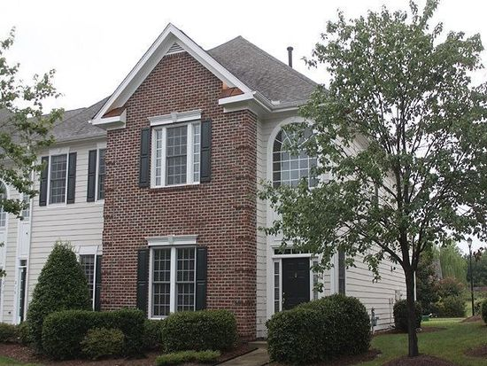 208 Anniston Ct, Cary, NC 27519