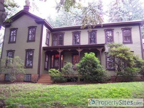 121 Hays Rd, Pittsburgh, PA 15241