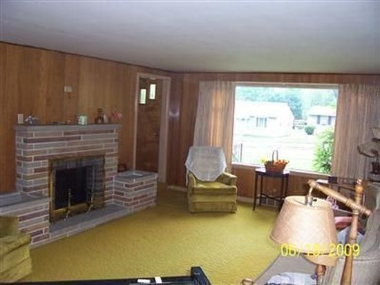 431 Fernwood Ave, Wadsworth, OH 44281