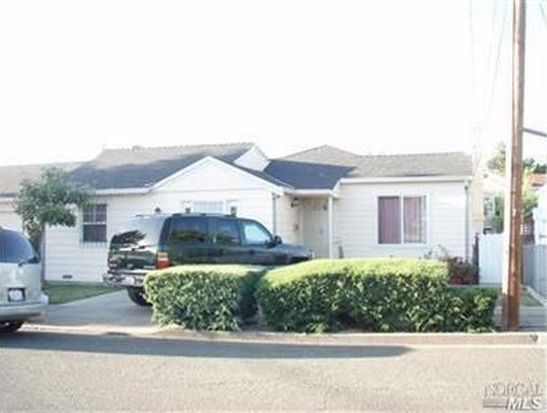326 13th St, Vallejo, CA 94590