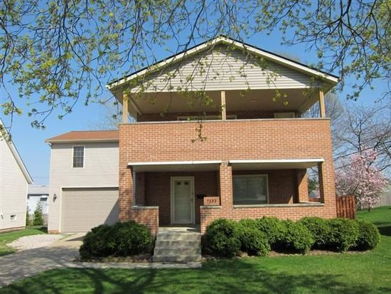 7233 Ward Rd, Cleveland, OH 44134