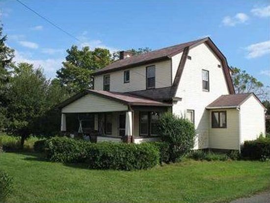 2806 Old Butler Rd, New Castle, PA 16101