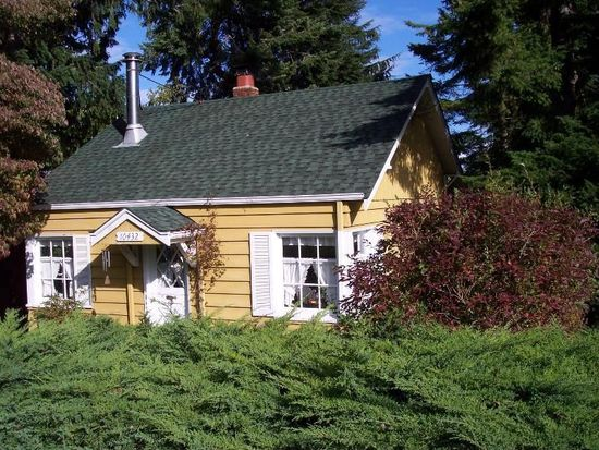 10432 40th Ave SW, Seattle, WA 98146