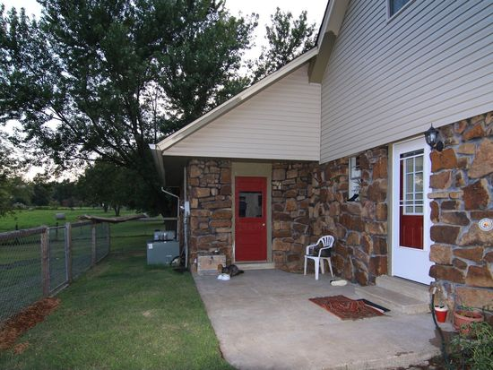 11682 E Southern Hills Rd, Claremore, OK 74019