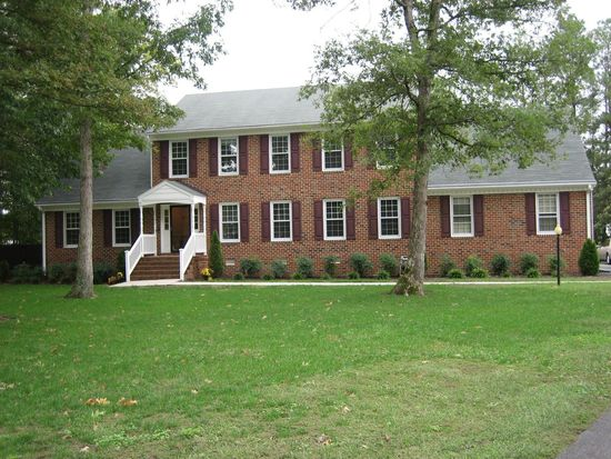 5809 Country Manor Pl, North Chesterfield, VA 23234
