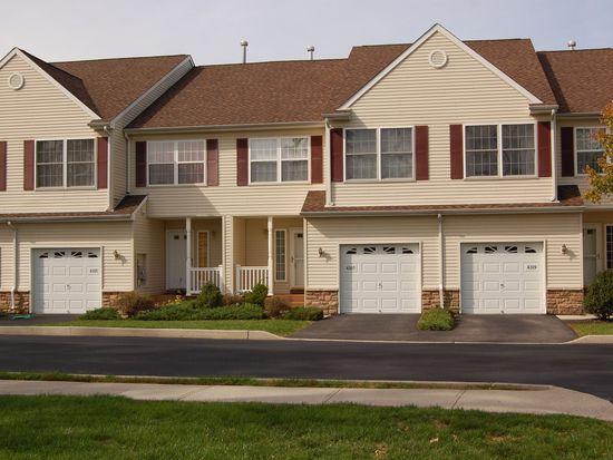 4307 Ridgecrest Dr, Wappingers Falls, NY 12590