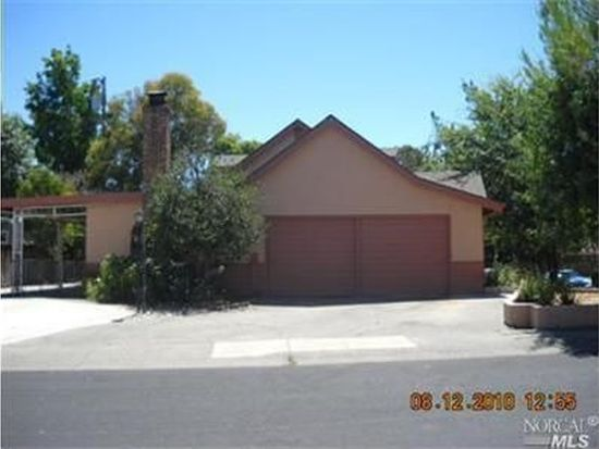 121 Westwood St, Vacaville, CA 95688