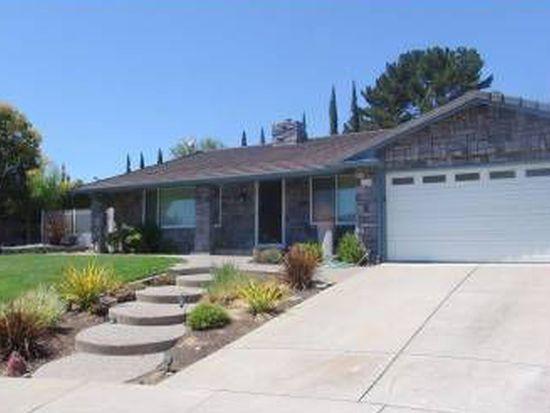 2690 Farnsworth Dr, Livermore, CA 94551